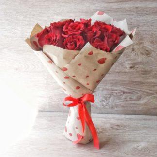 15 krasnyh roz eksplouer 2 324x324 - Доставка цветов в Челябинске