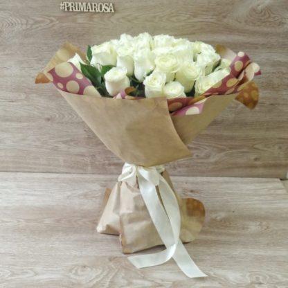 51 белая роза Мондиаль