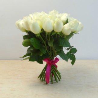 35 белых роз Мондиаль