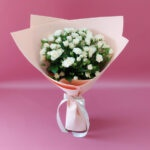 Букет из кремовых кустовых роз